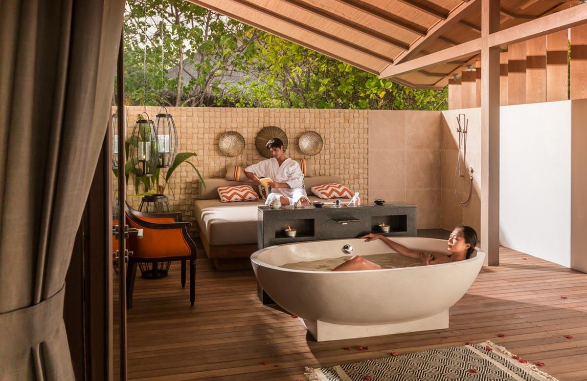 The World's First Entirely Solar Powered Resort x Villas de Finolhu 10