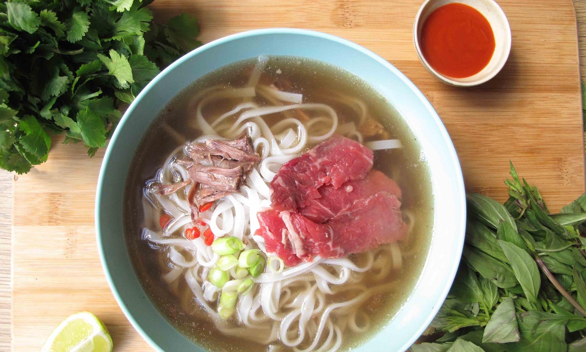 Beef Pho A Vietnamese Power Soup Mr Goodlife