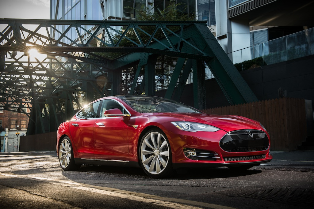 Pass The Control: The Tesla Model S 1