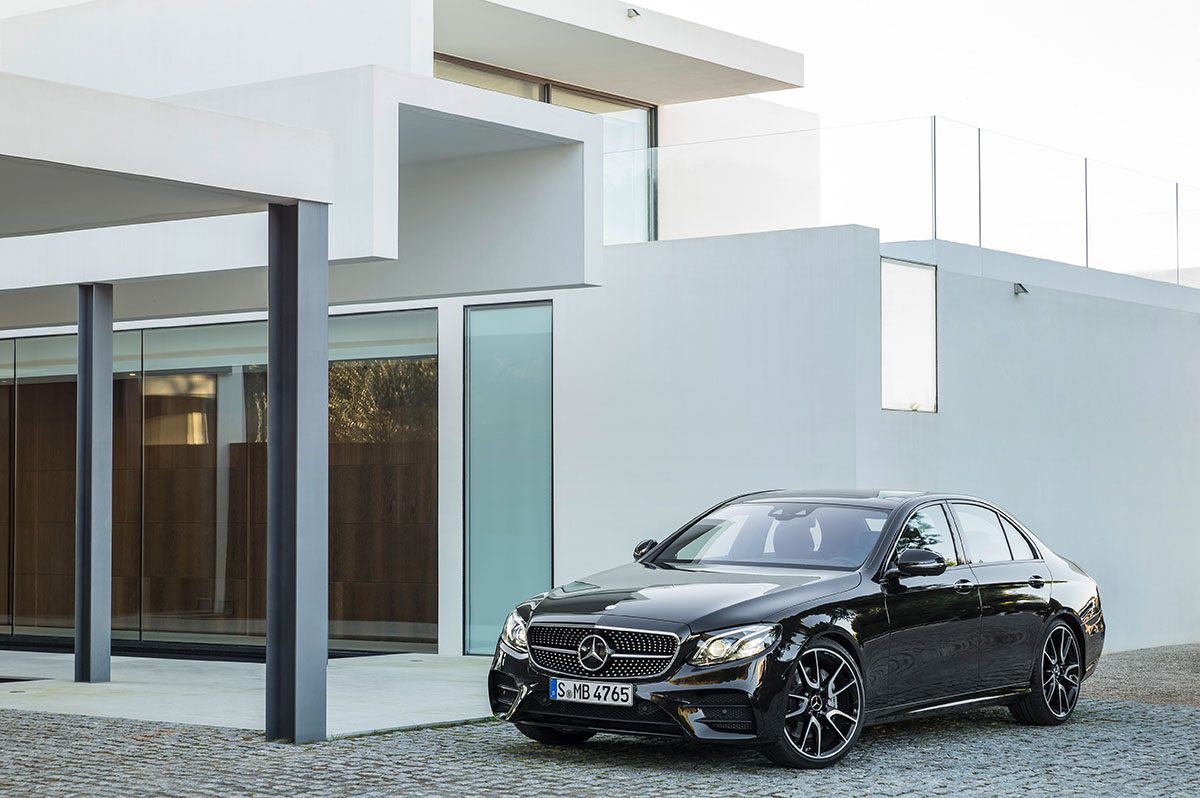 The new high-performance Mercedes-AMG E 43 4MATIC 3