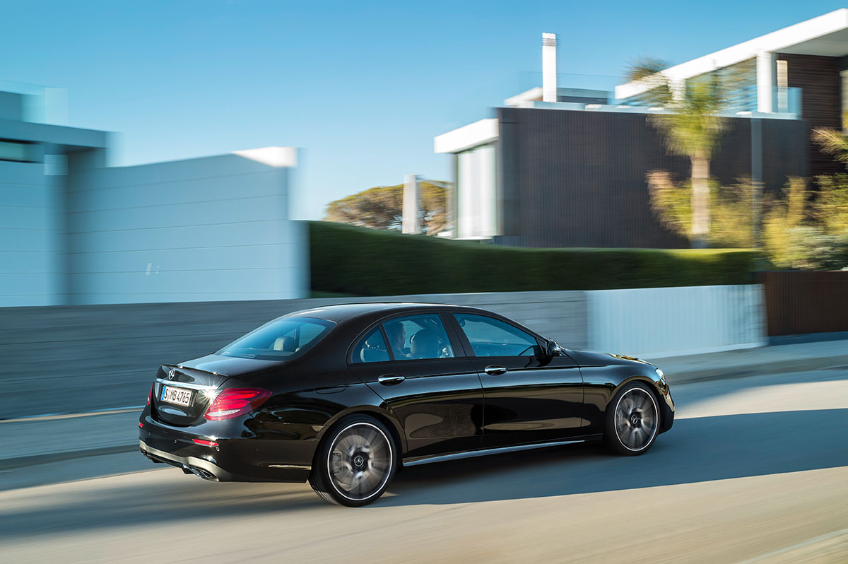 The new high-performance Mercedes-AMG E 43 4MATIC 6