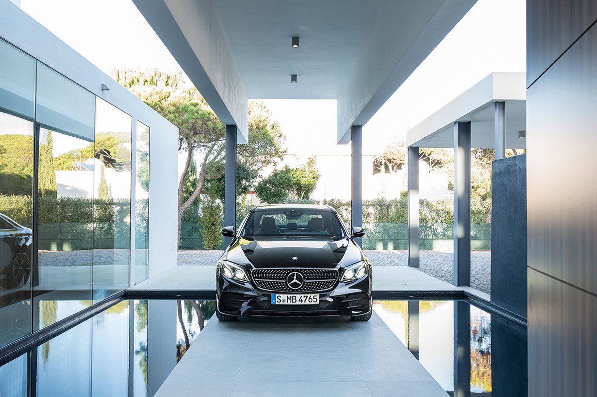 The new high-performance Mercedes-AMG E 43 4MATIC 1