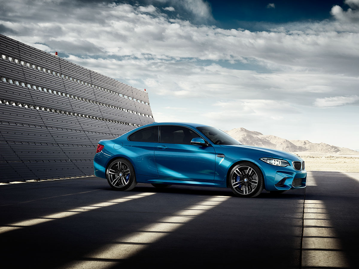 All 'Eyes On Gigi' for the new BMW M2 Coupé 7