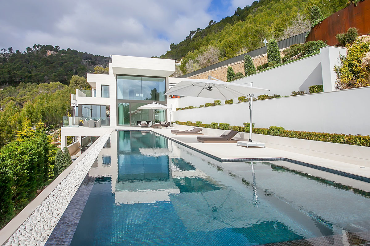Awesome Villa in Son Vida, Mallorca 1