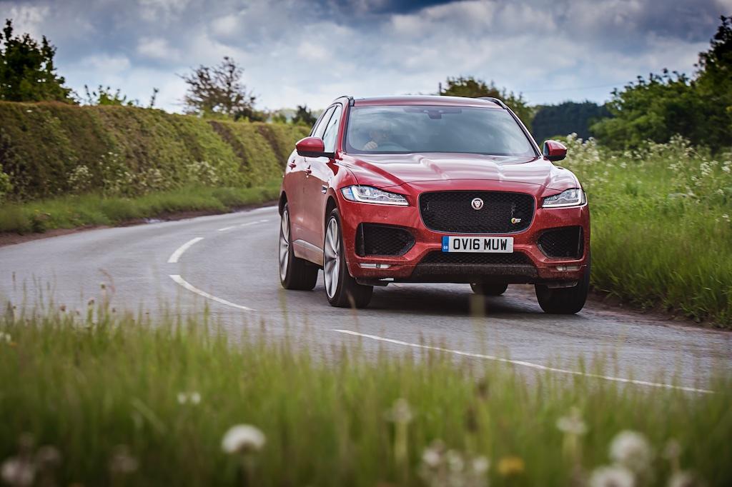 Big Cat – The Jaguar F-Pace First Drive 7