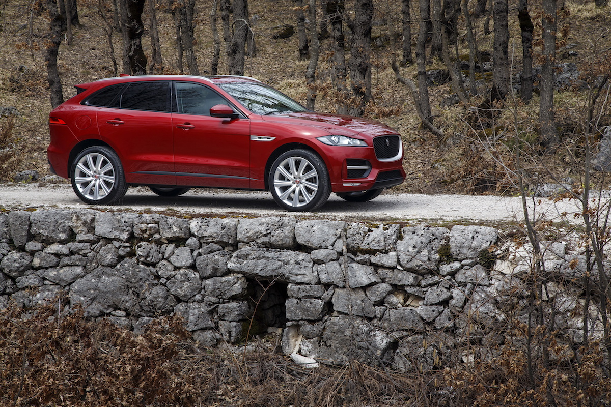 Raubkatze auf Beutefang: Der Jaguar F-Pace 5