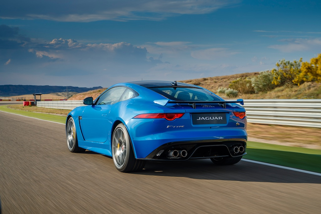 Hot Laps in Spain with The F-Type SVR 7