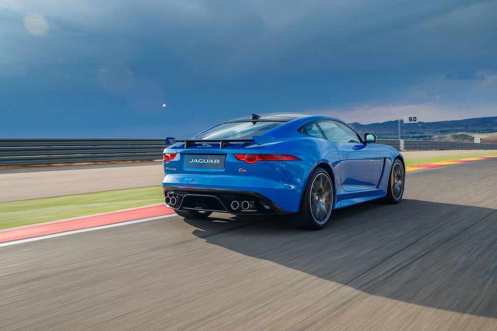 Hot Laps in Spain with The F-Type SVR 5