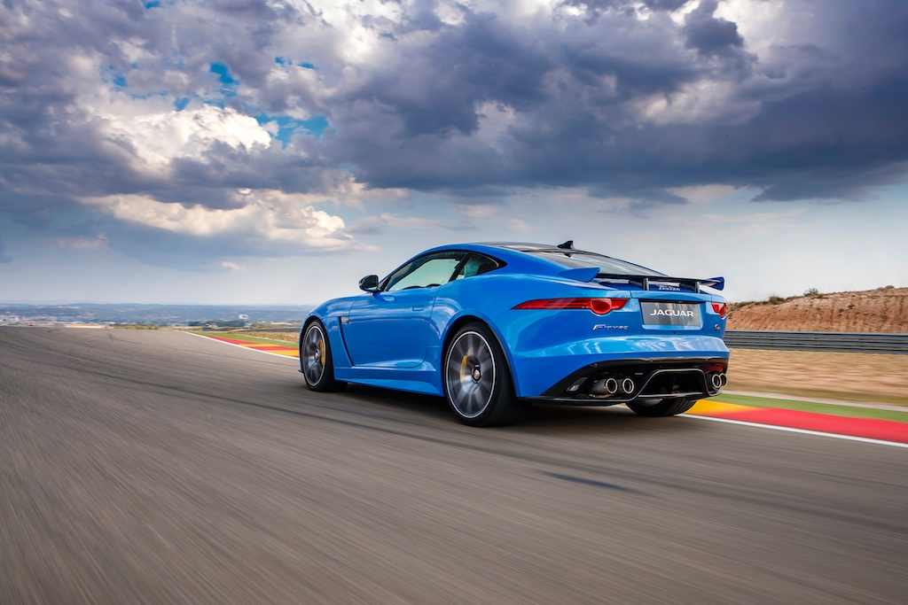 Hot Laps in Spain with The F-Type SVR 4