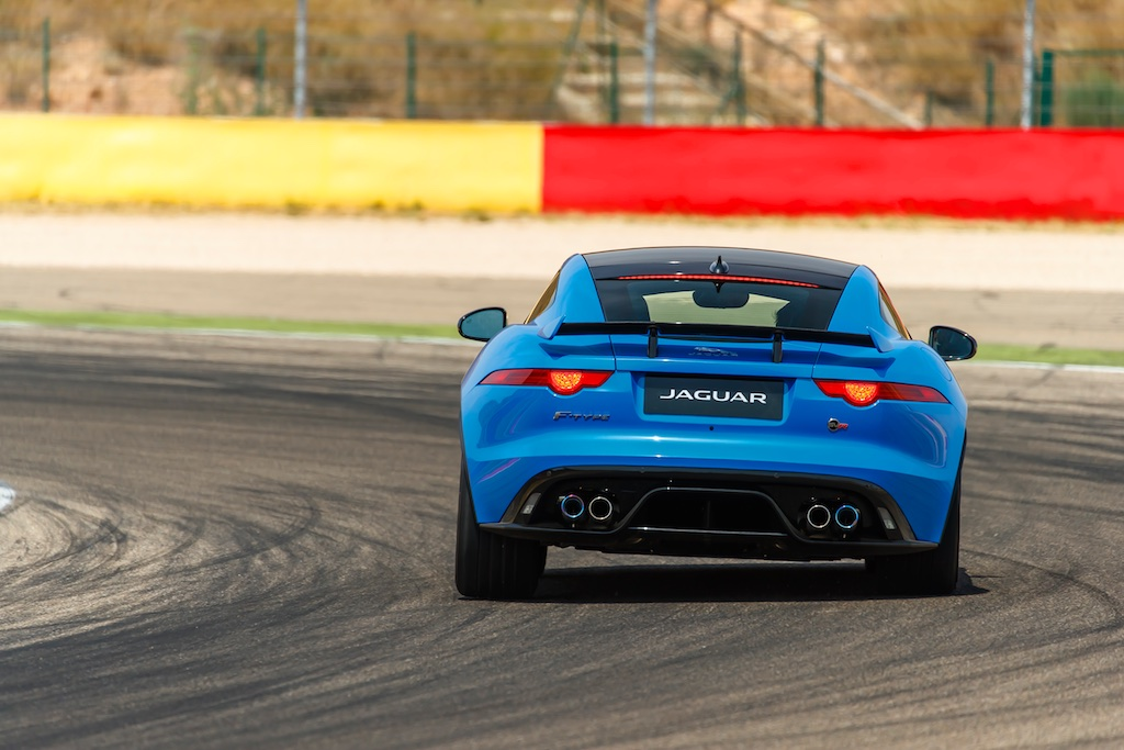 Hot Laps in Spain with The F-Type SVR 6