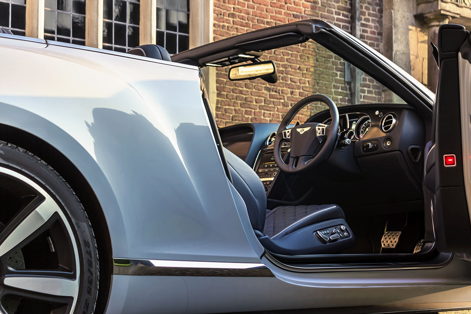 Top Down in The Bentley GTC V8S 5