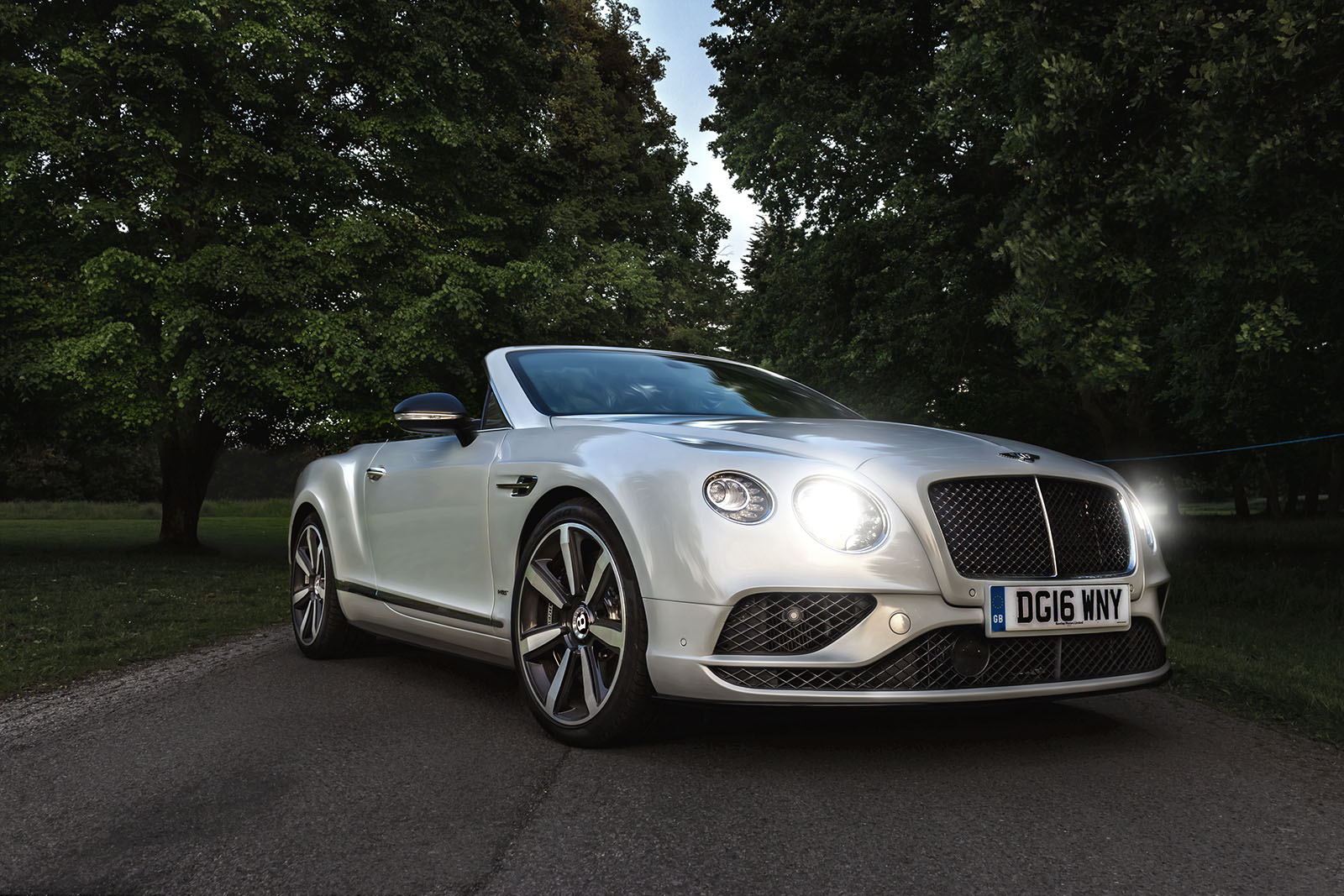 Top Down In The Bentley Gtc V8s Mr Goodlife