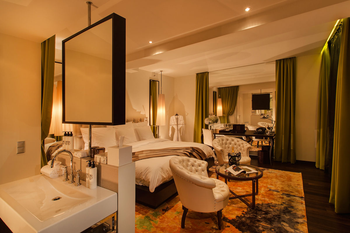 das hotel zoo in berlin ein schmuckst ck am kurf rstendamm. Black Bedroom Furniture Sets. Home Design Ideas