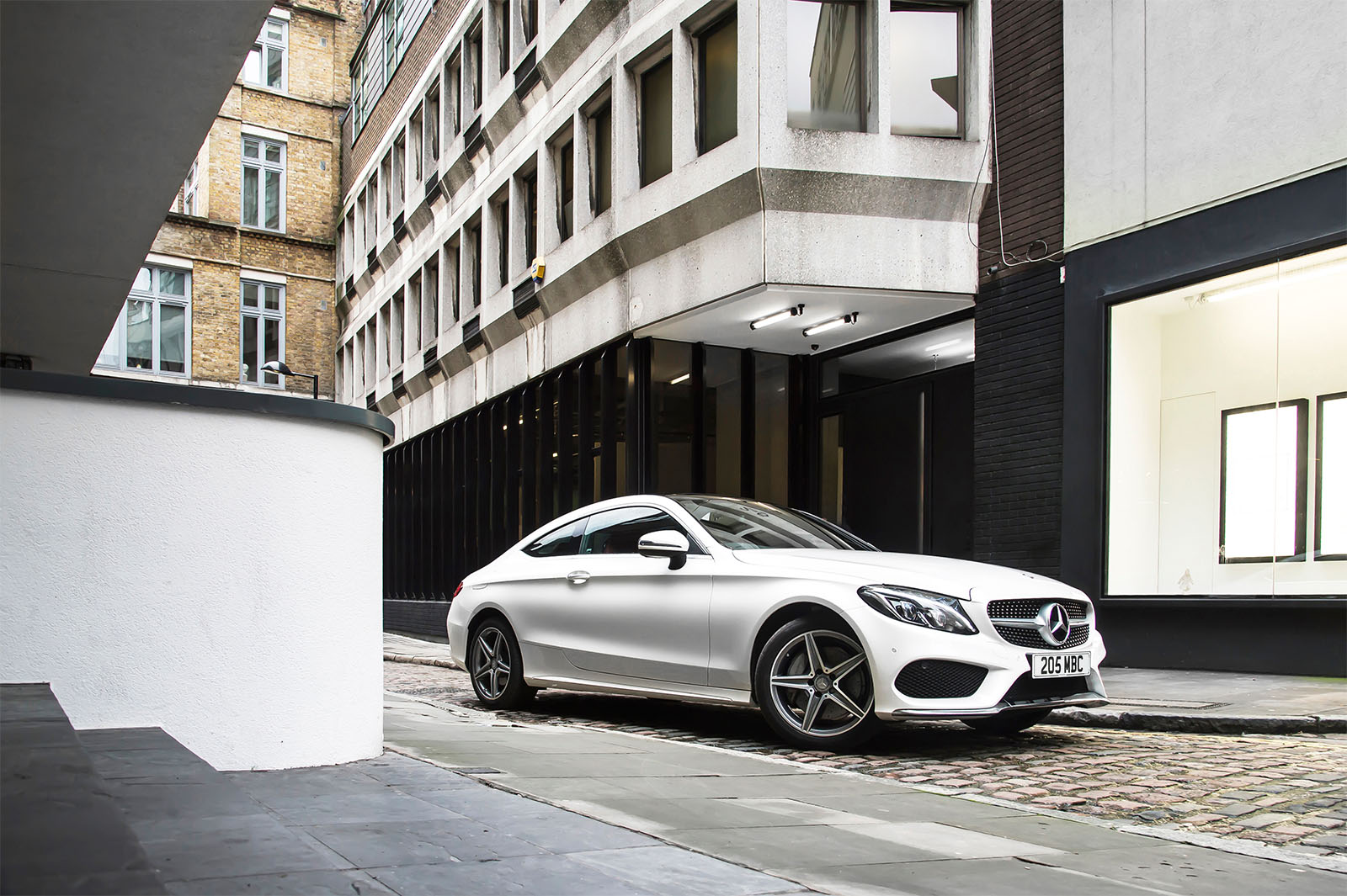 Mercedes C250 AMG featured