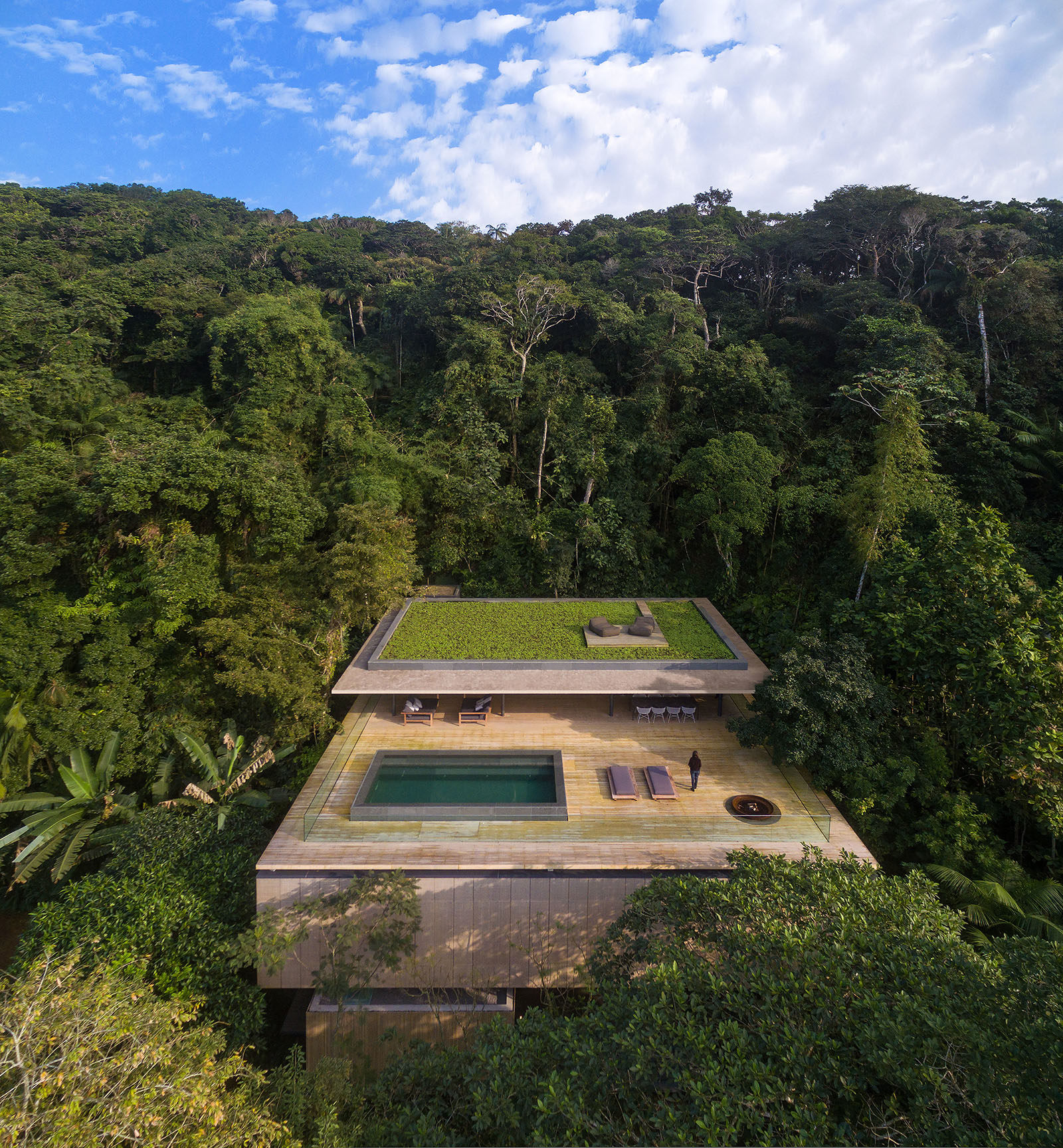 Take a Look Inside the Unique Jungle House by Studio MK 27 4