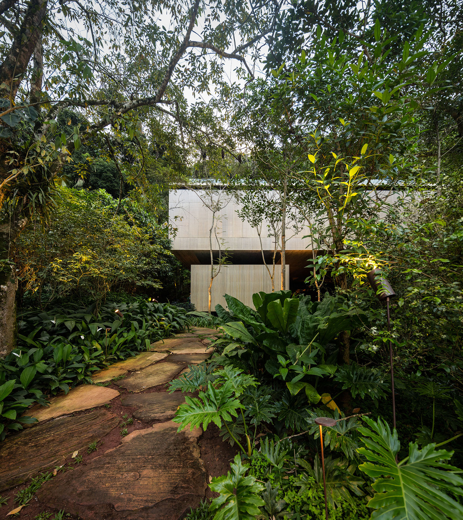 Take a Look Inside the Unique Jungle House by Studio MK 27 16
