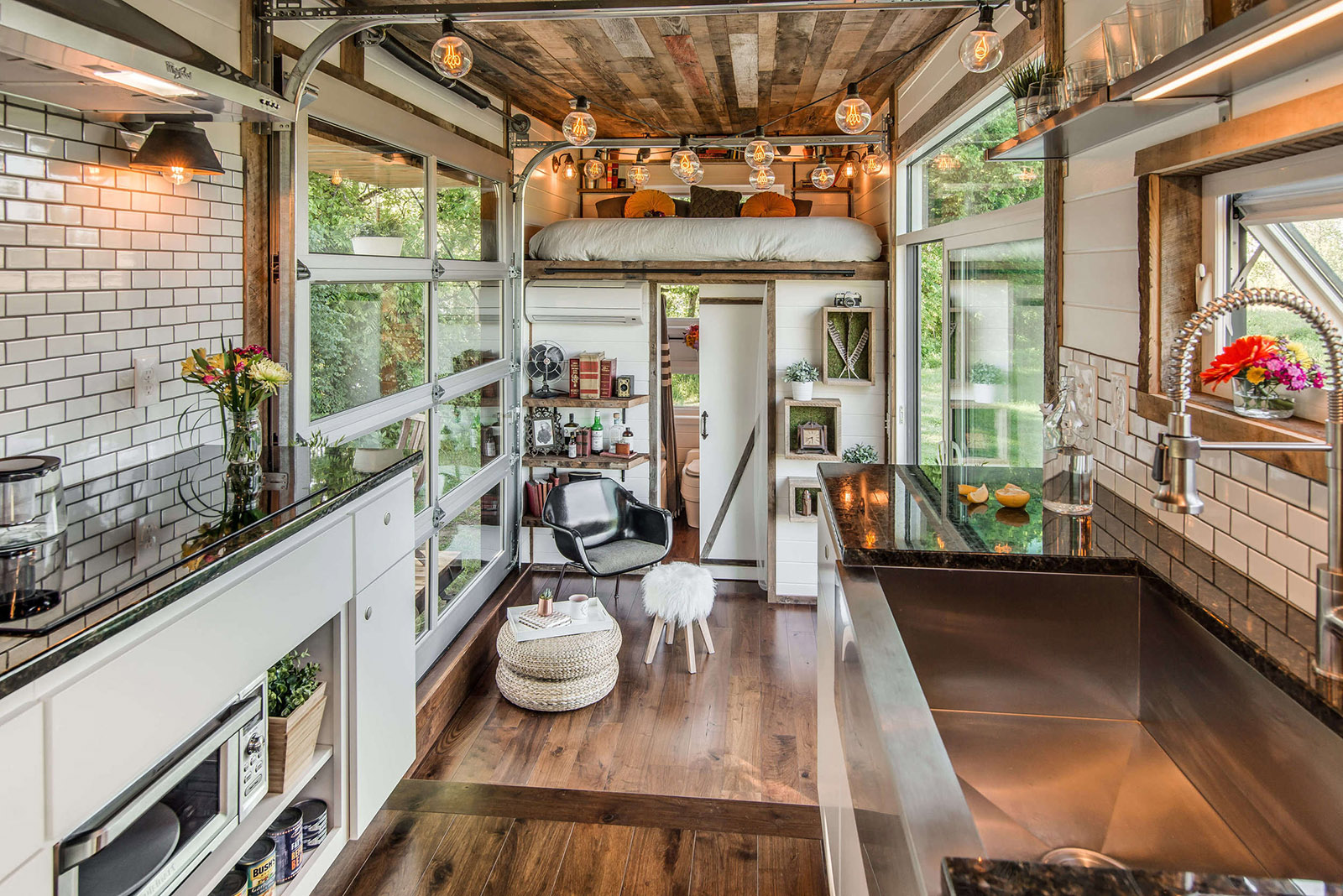 Das Alpha Tiny Home macht die Welt zum Zuhause 11