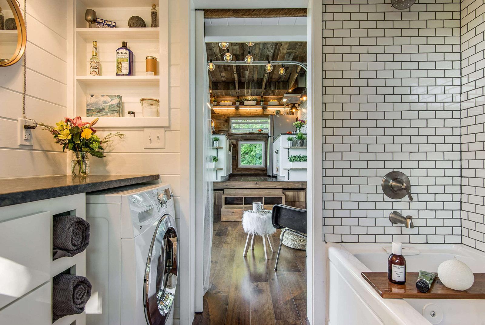 Das Alpha Tiny Home macht die Welt zum Zuhause 19