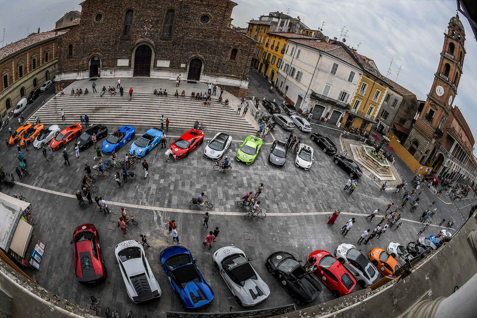 3 Days, 30 Lamborghinis and the Beauty of Italy: The ...