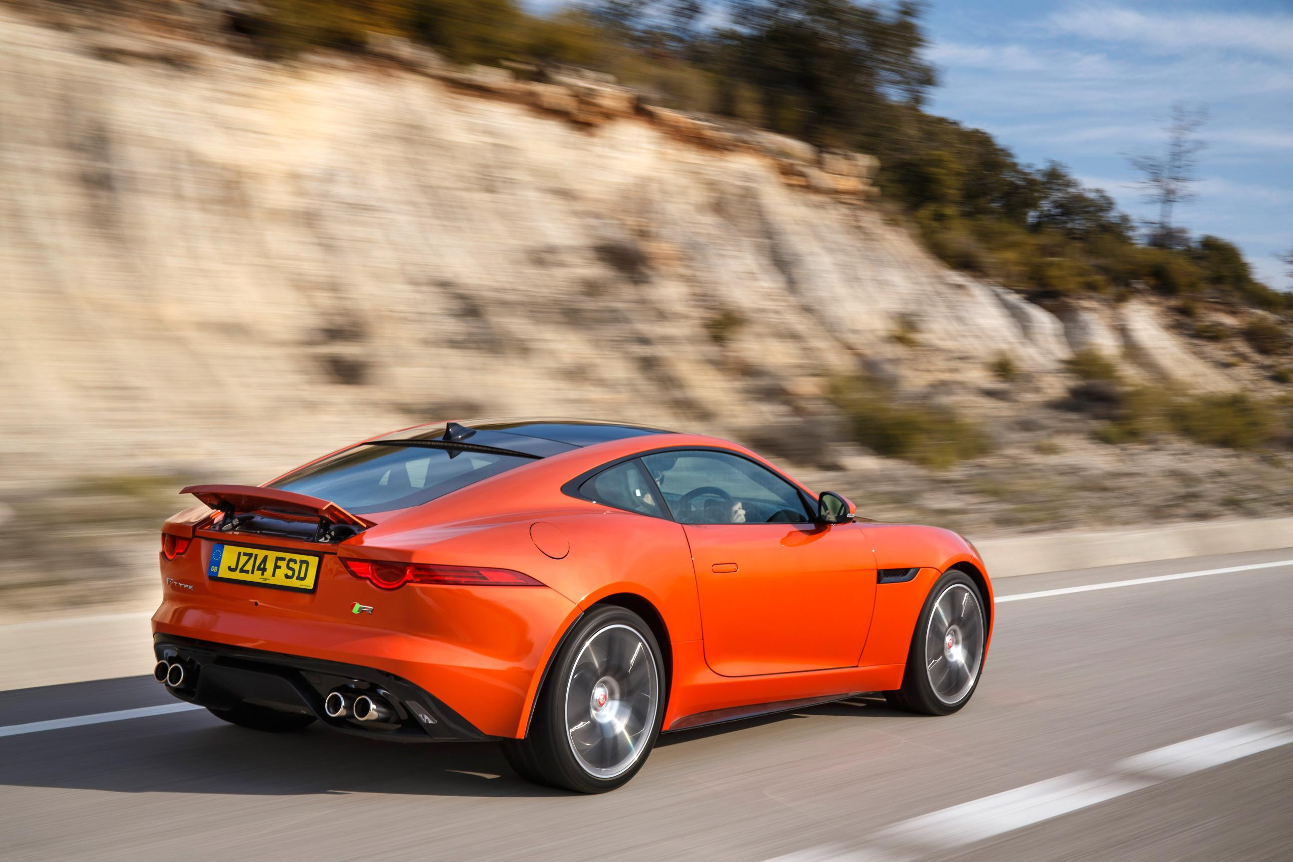 The Angry Cat – Jaguar F-Type R Coupe 3