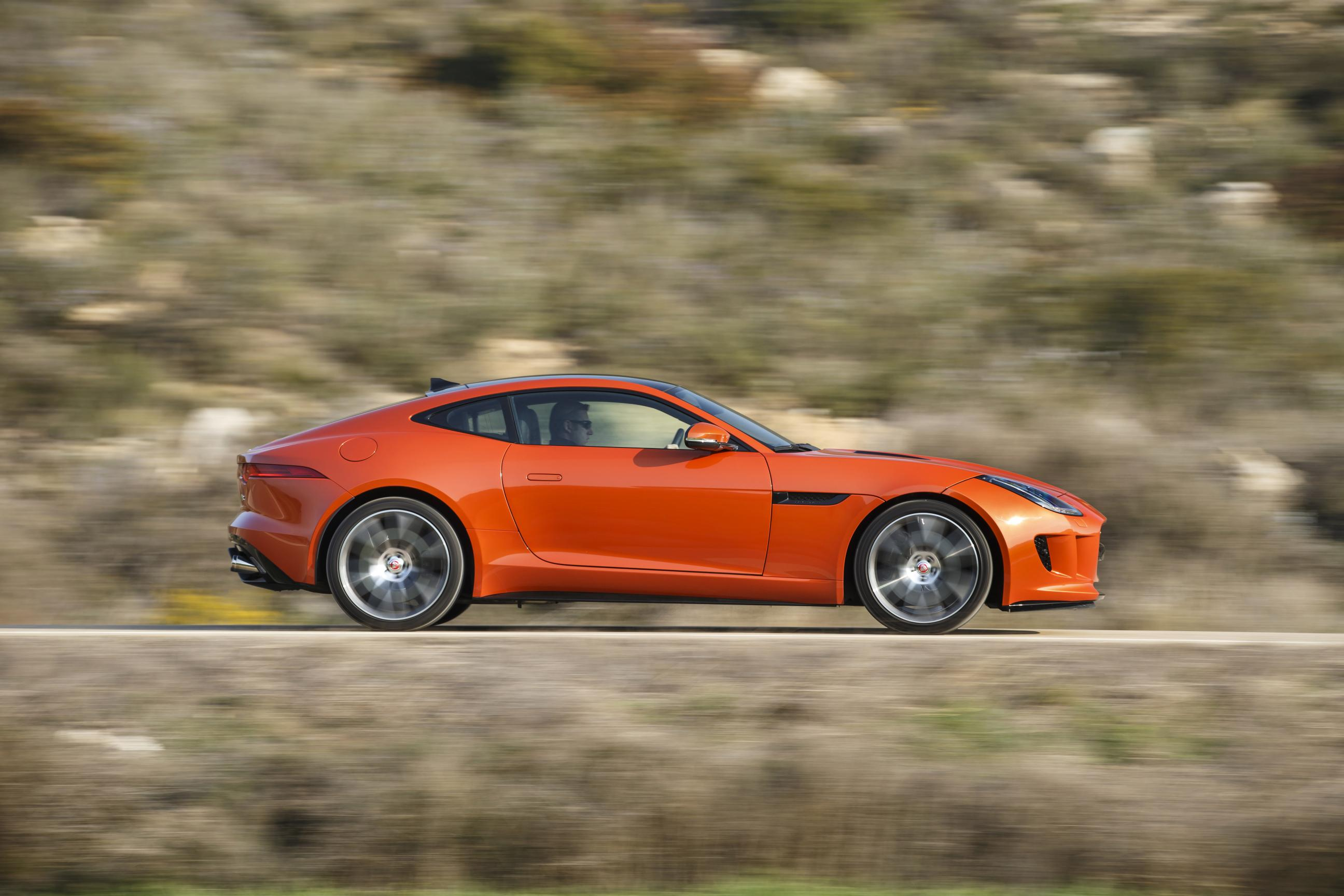The Angry Cat – Jaguar F-Type R Coupe 6