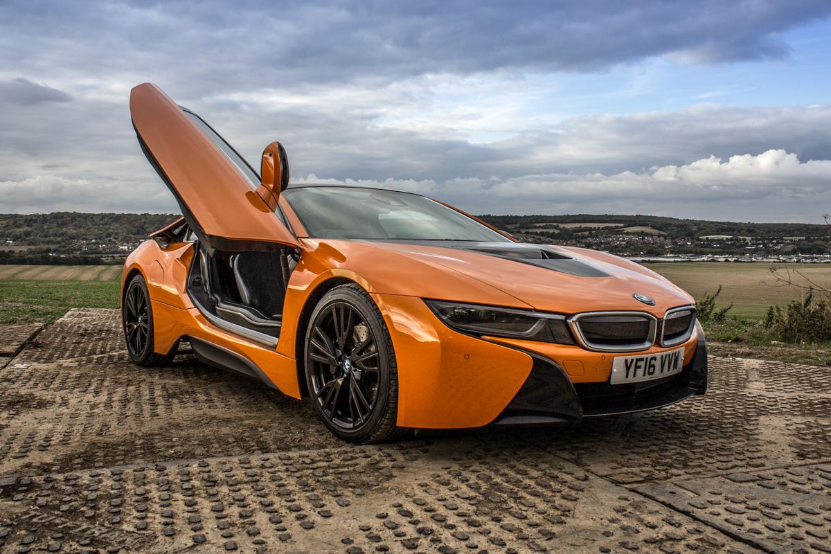Hybrid Heaven in The BMW i8 3
