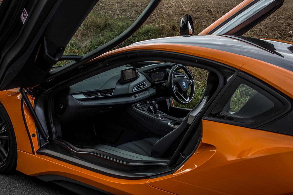 Hybrid Heaven in The BMW i8 8