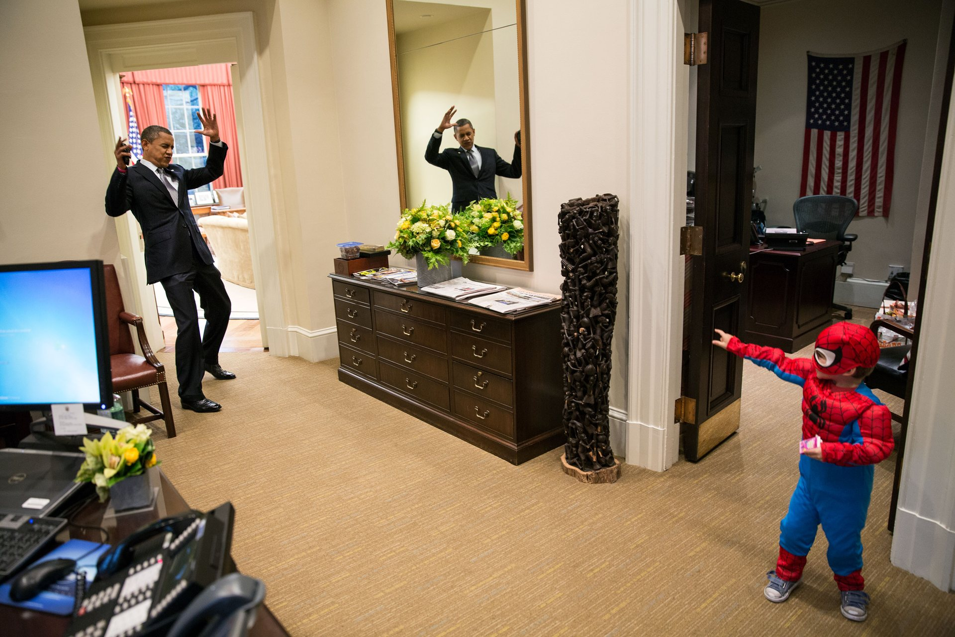 Official White House Photographer Pete Souza Reveals His Favourite Photos Of Obama 10