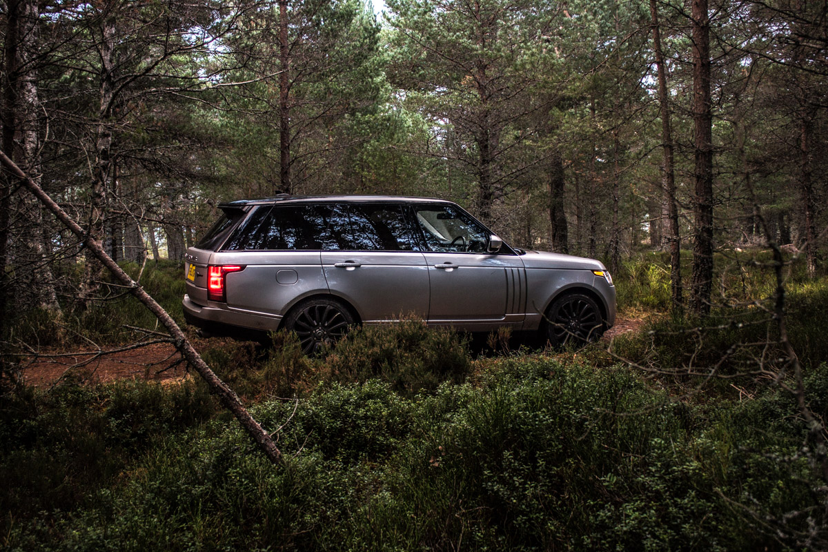 Highland Touring in The Range Rover SVAutobiography 10