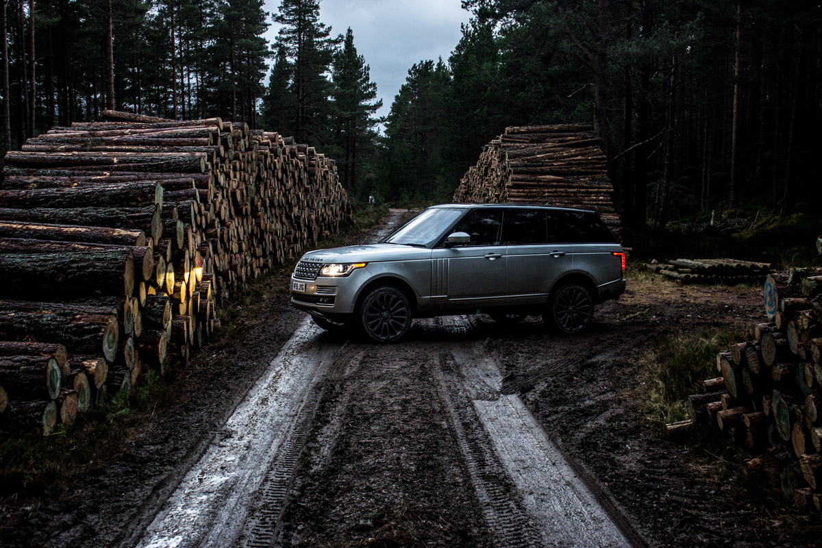 Highland Touring in The Range Rover SVAutobiography 6