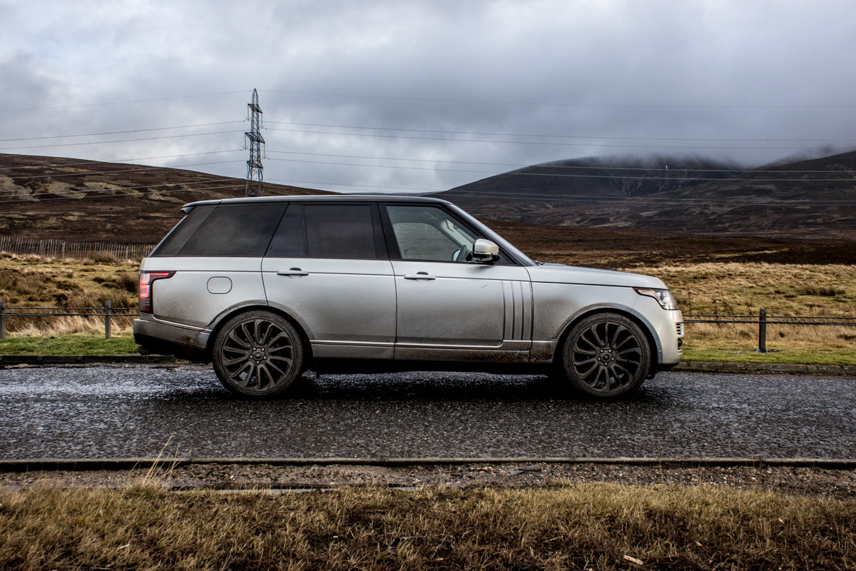 Highland Touring in The Range Rover SVAutobiography 3