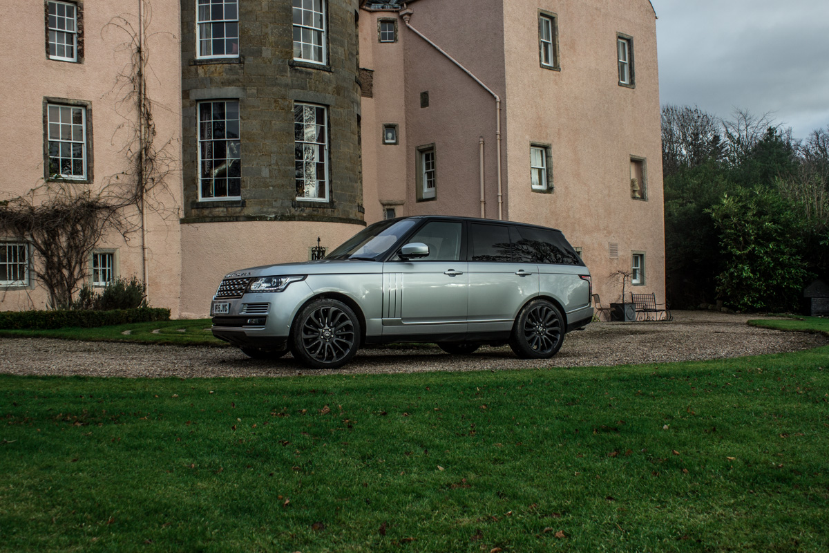 Highland Touring in The Range Rover SVAutobiography 15