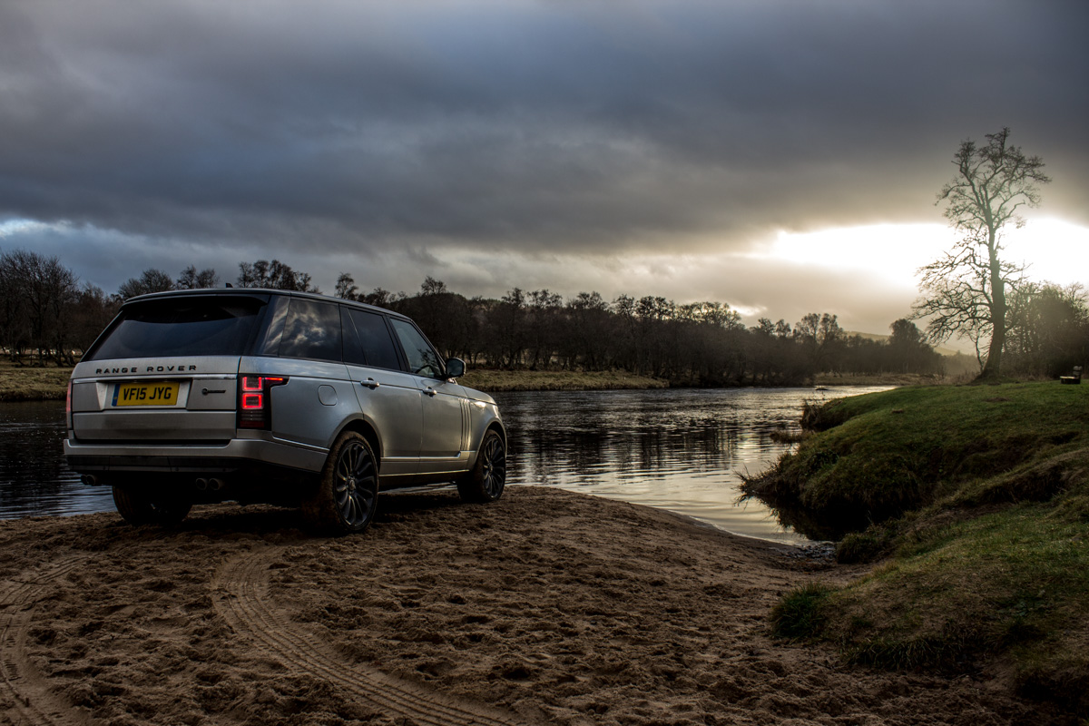 Highland Touring in The Range Rover SVAutobiography 16