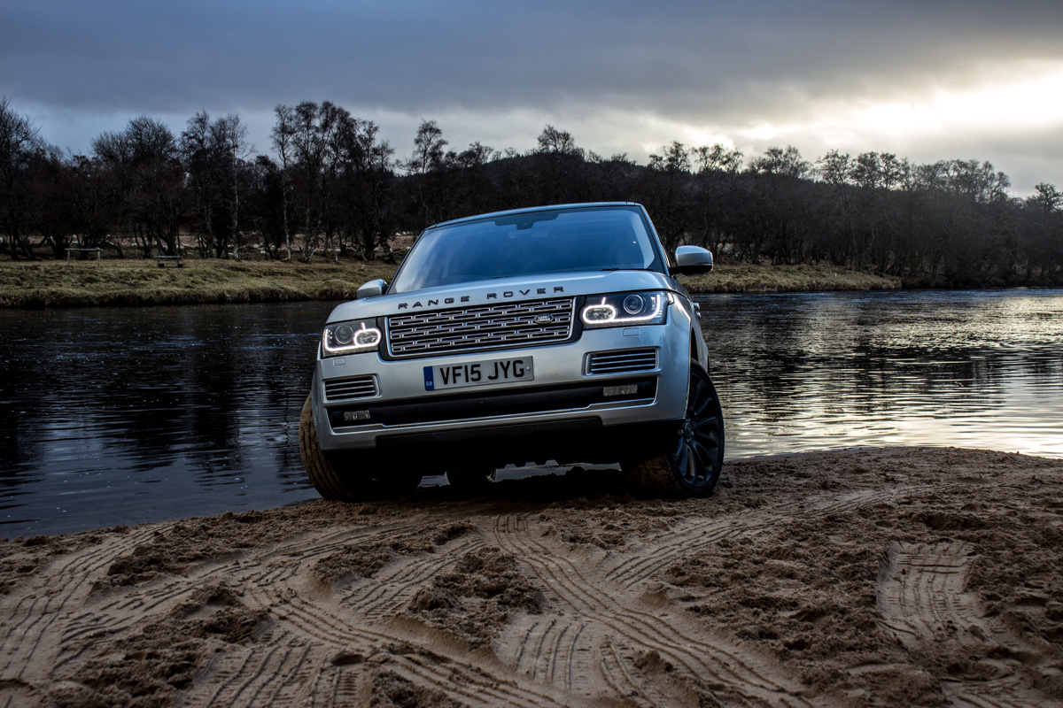 Highland Touring in The Range Rover SVAutobiography 14