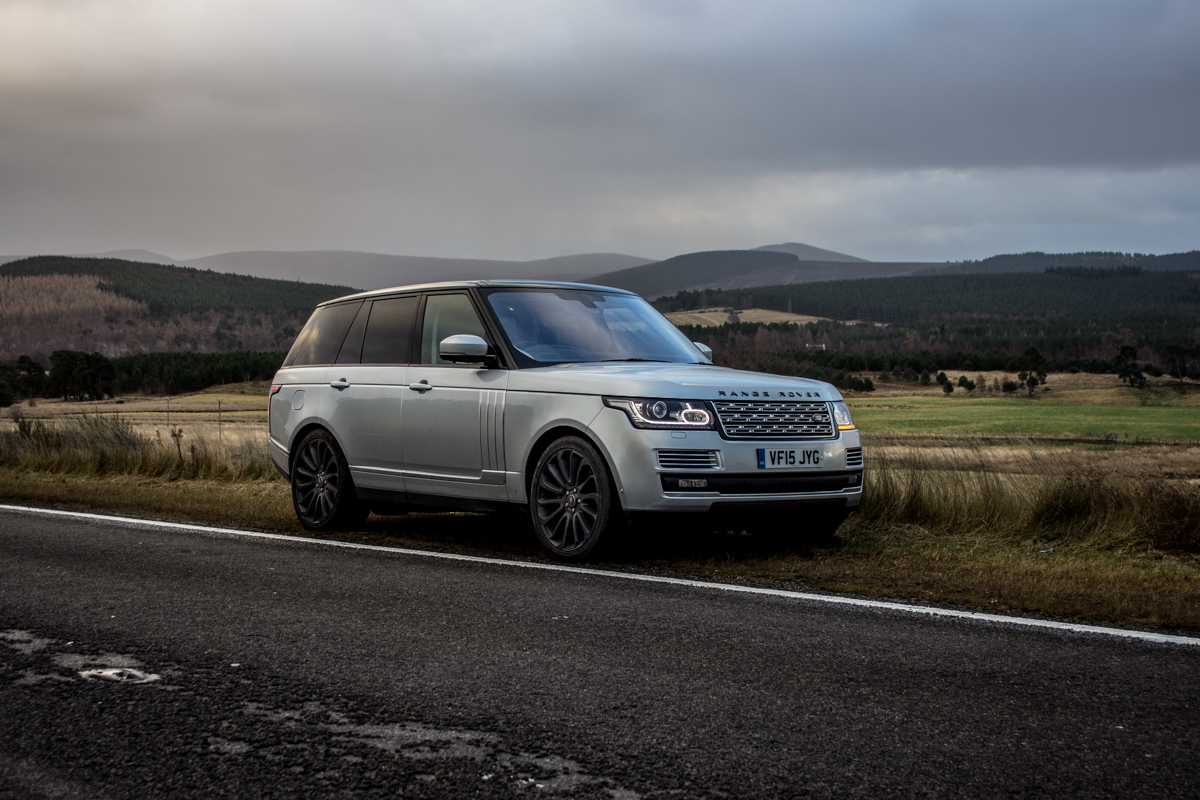 Highland Touring in The Range Rover SVAutobiography 13