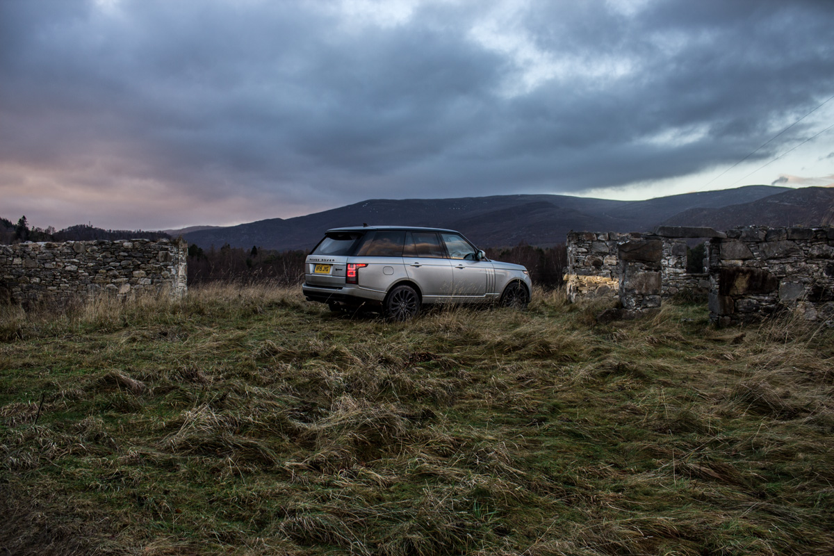 Highland Touring in The Range Rover SVAutobiography 12