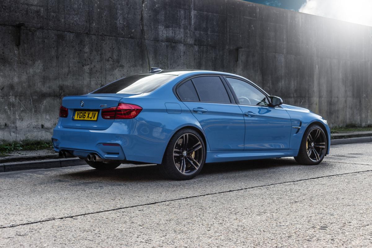A true performaer: Winter Fun in the BMW M3 7