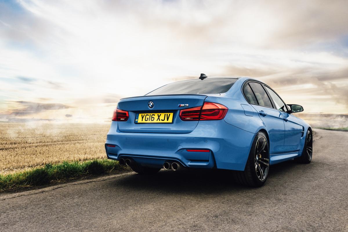 A true performaer: Winter Fun in the BMW M3 3