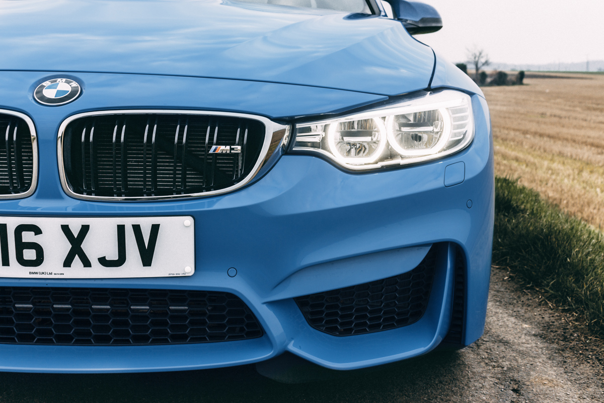 A true performaer: Winter Fun in the BMW M3 2