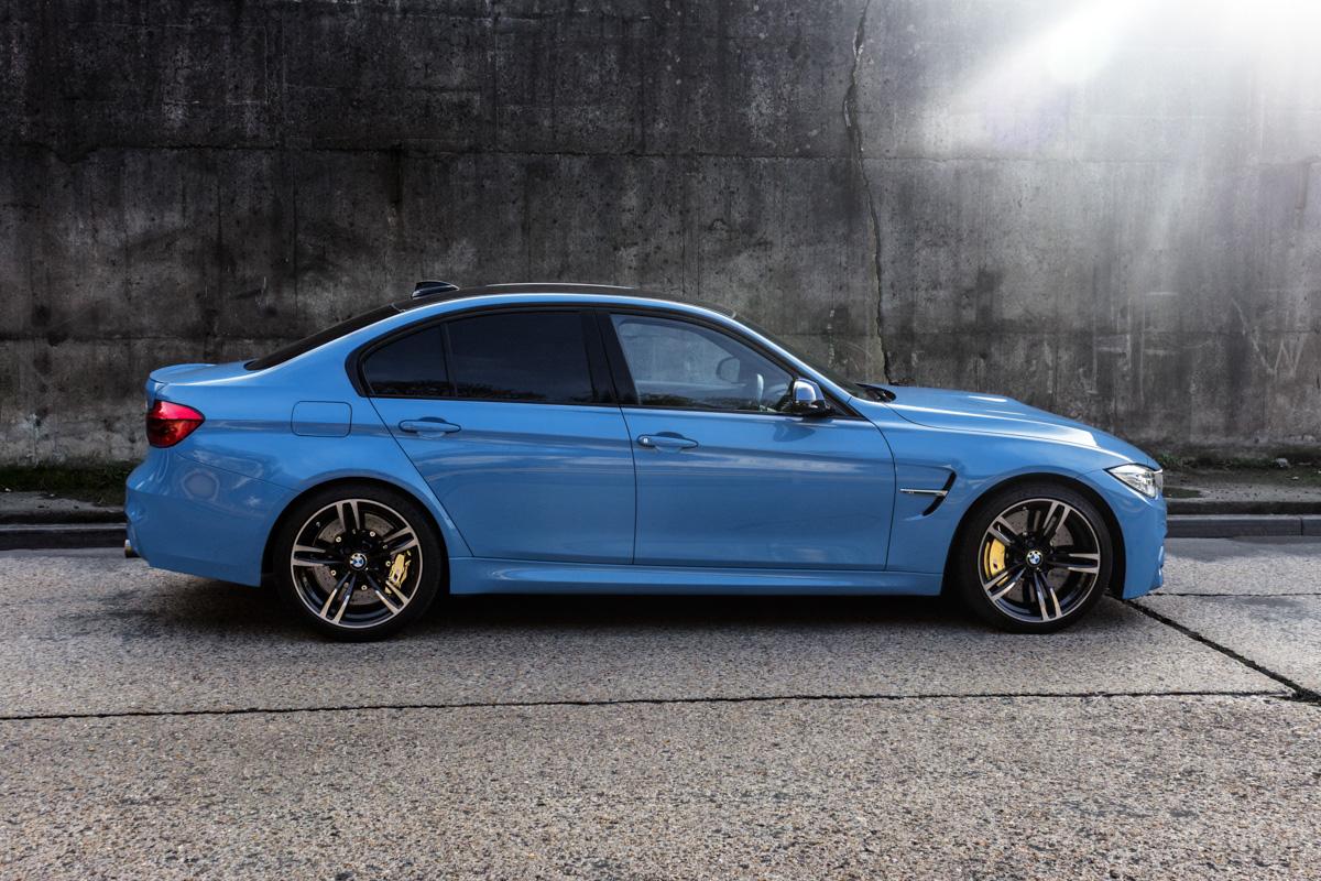A true performaer: Winter Fun in the BMW M3 9