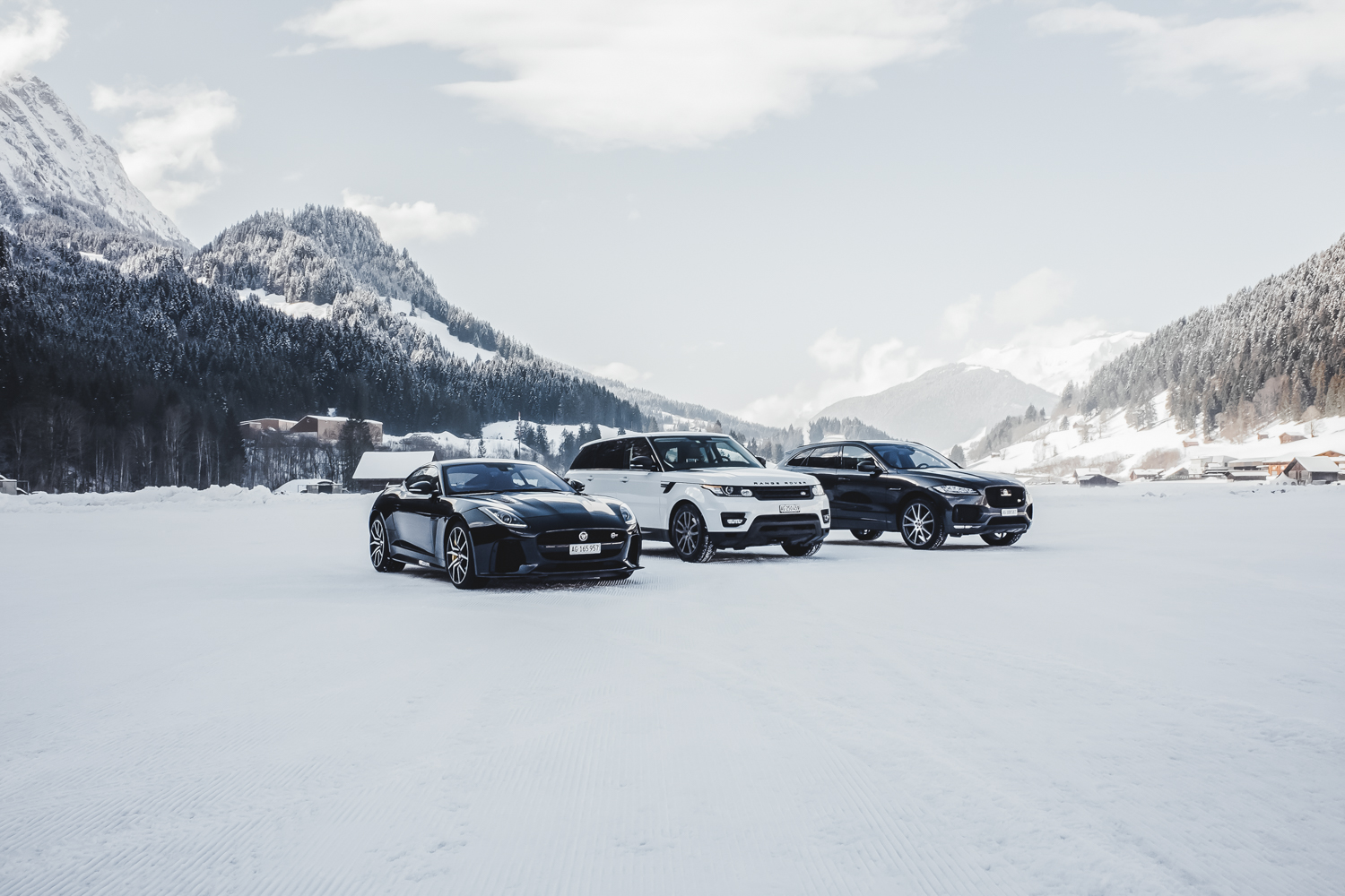 Die Jaguar Land Rover Ice Driving Experience in Gstaad 29