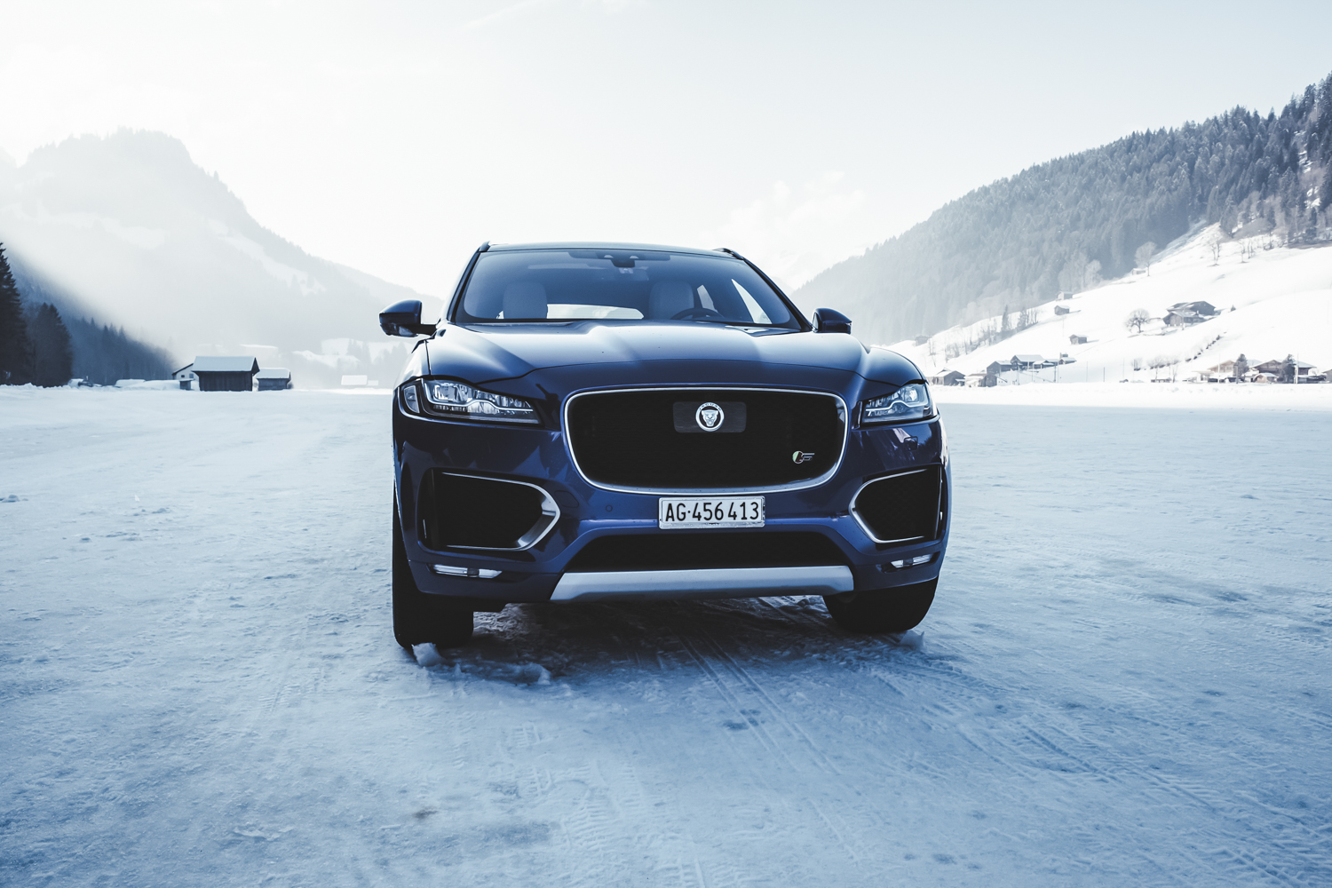 Die Jaguar Land Rover Ice Driving Experience in Gstaad 25