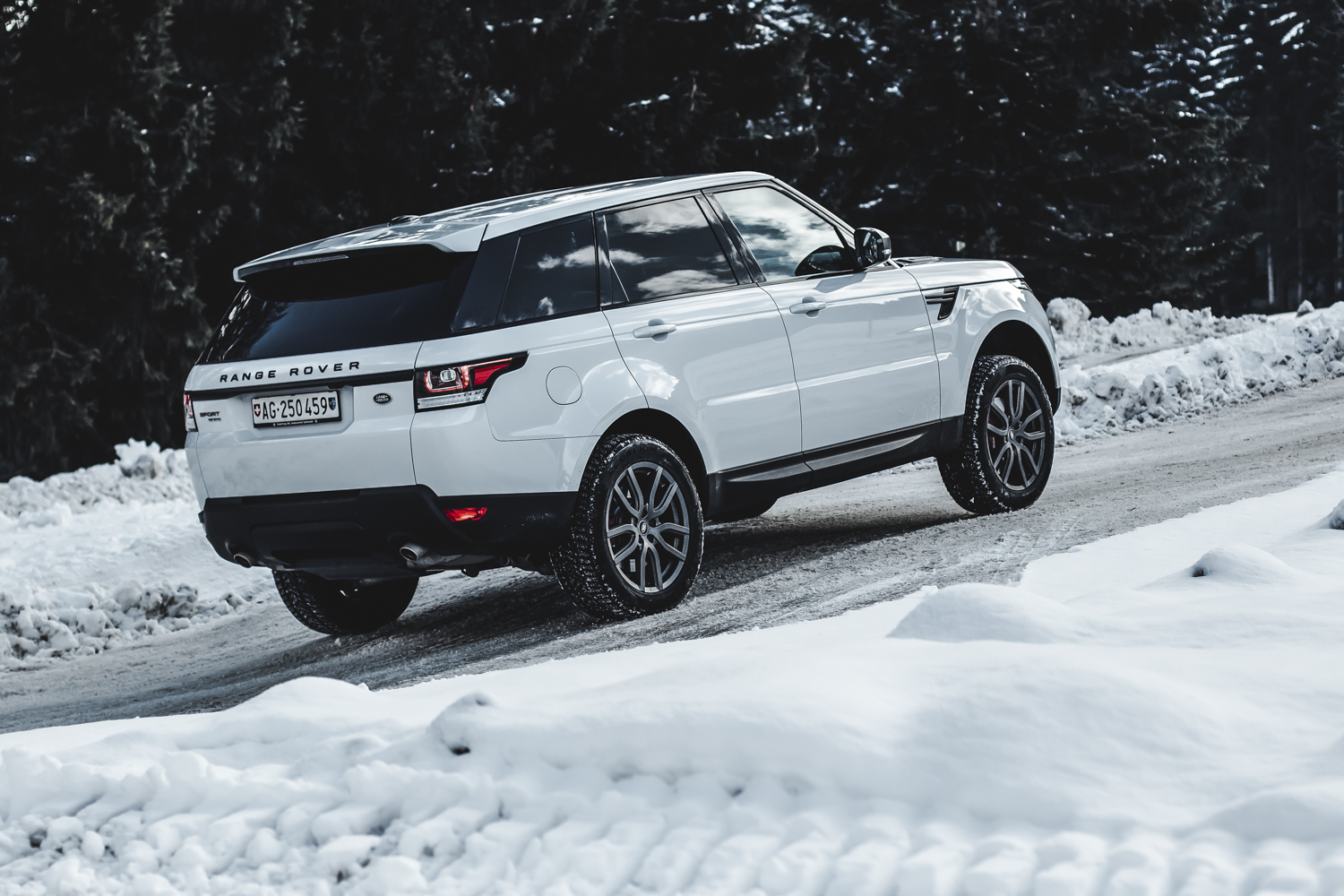 Die Jaguar Land Rover Ice Driving Experience in Gstaad 8