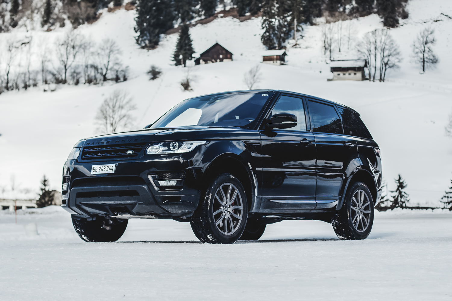 Die Jaguar Land Rover Ice Driving Experience in Gstaad 7