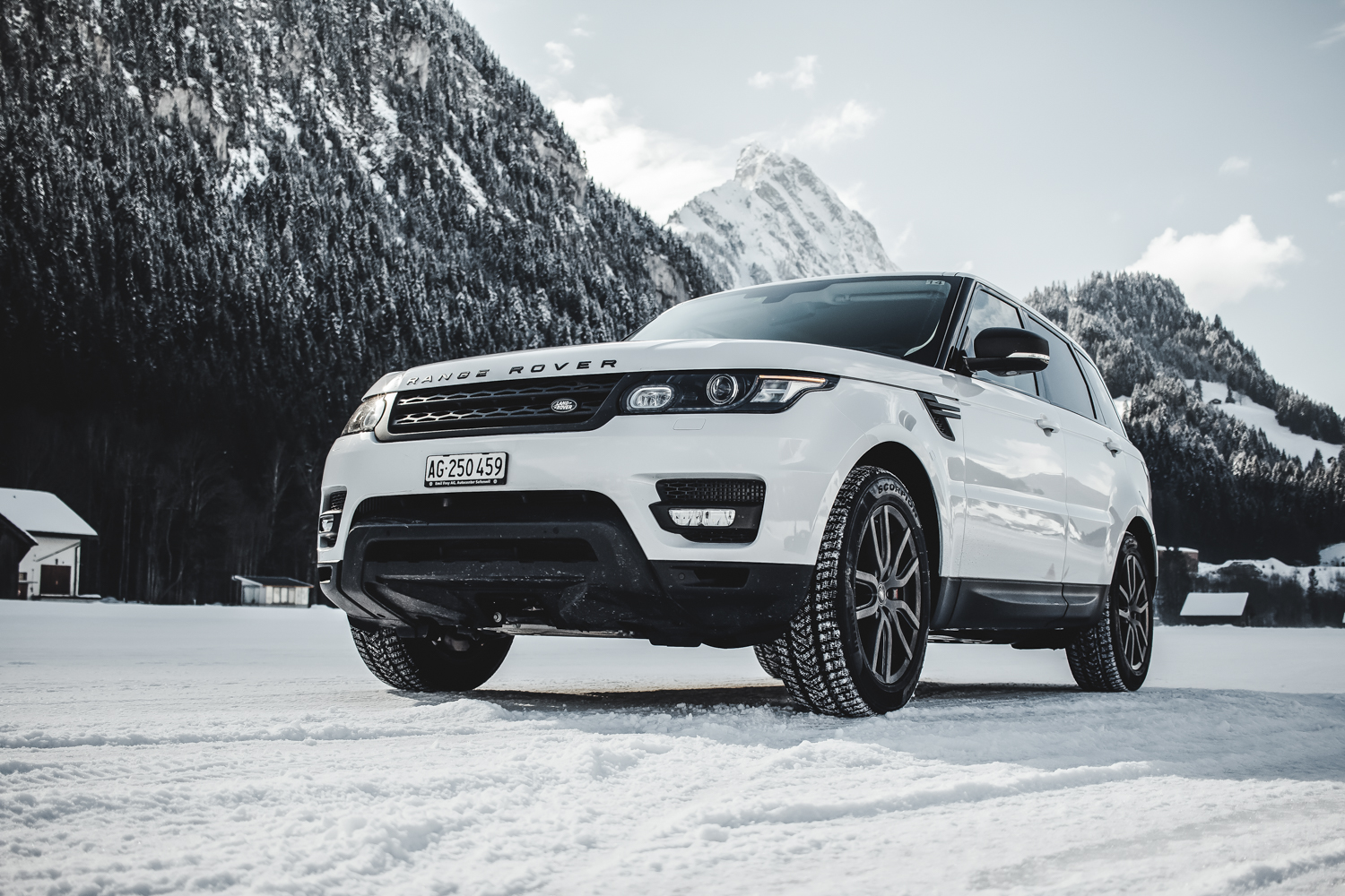Die Jaguar Land Rover Ice Driving Experience in Gstaad 4