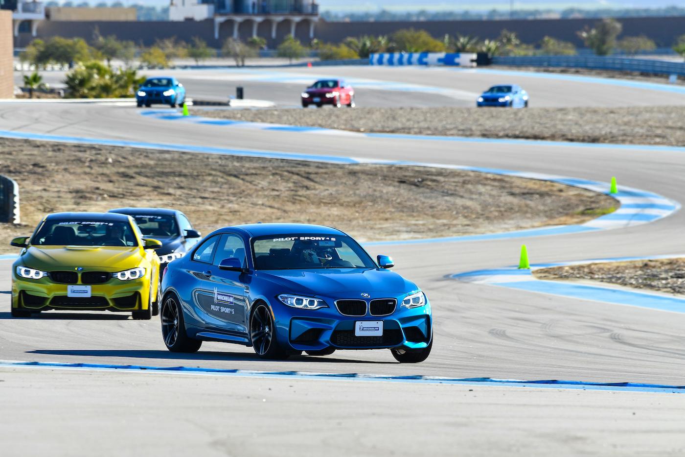 Qualmende Reifen in der kalifornischen Wüste: <br>Der Michelin Pilot Sport 4 S 8