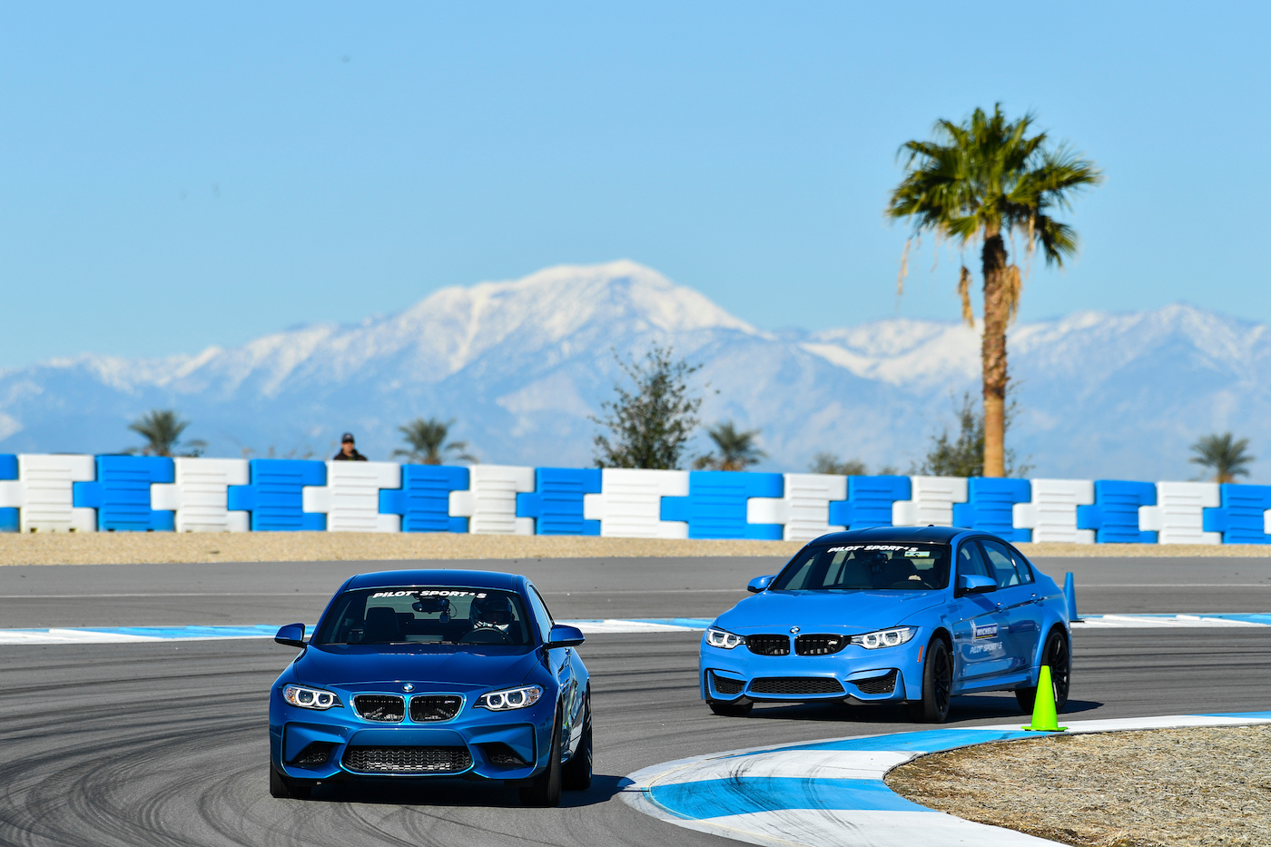 Qualmende Reifen in der kalifornischen Wüste: <br>Der Michelin Pilot Sport 4 S 7