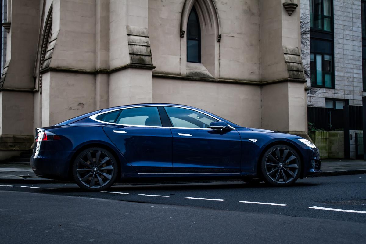 Electric Roadtrip In The Tesla 90D 9