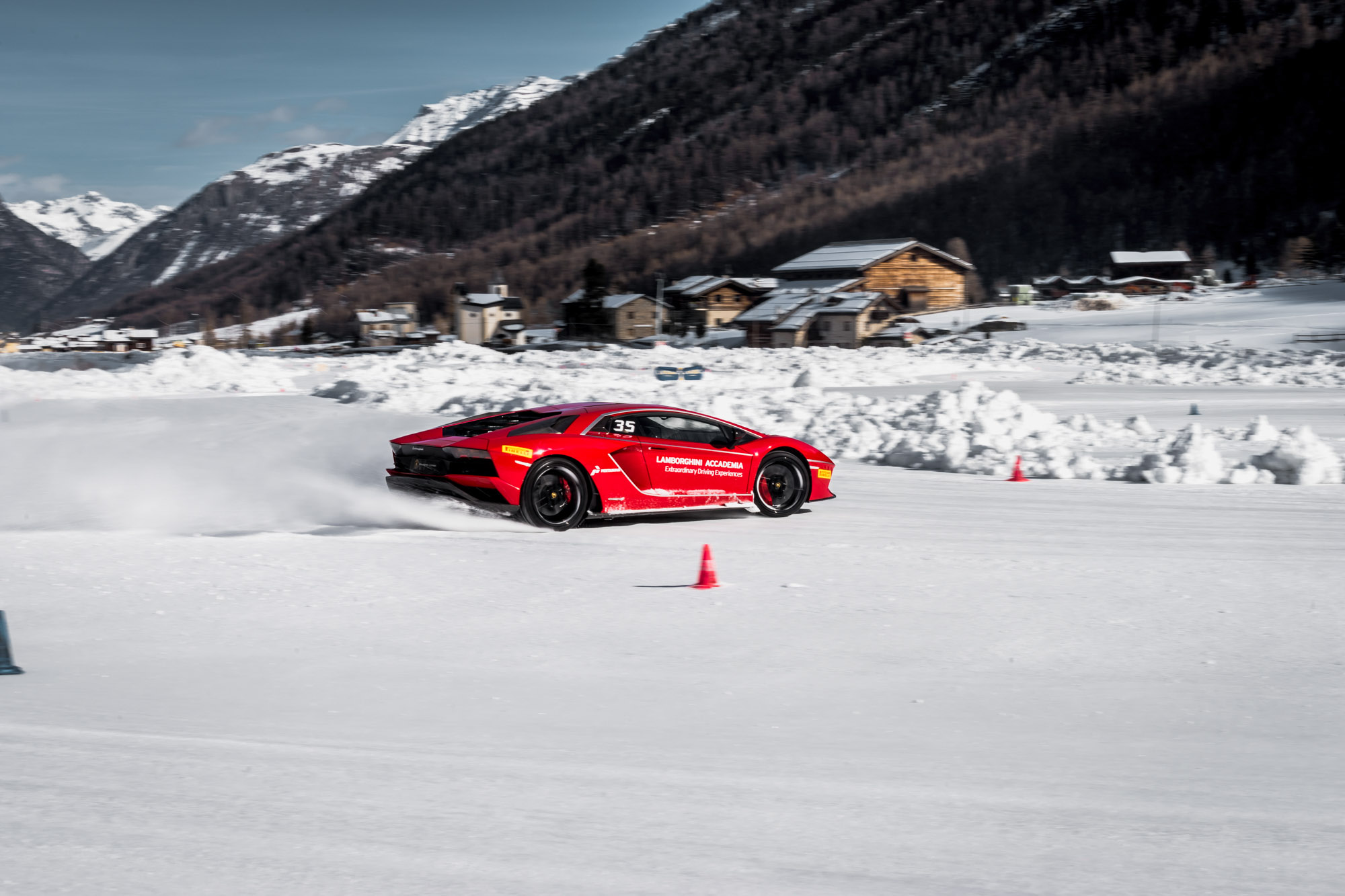 Lamborghini Winter Accademia 08