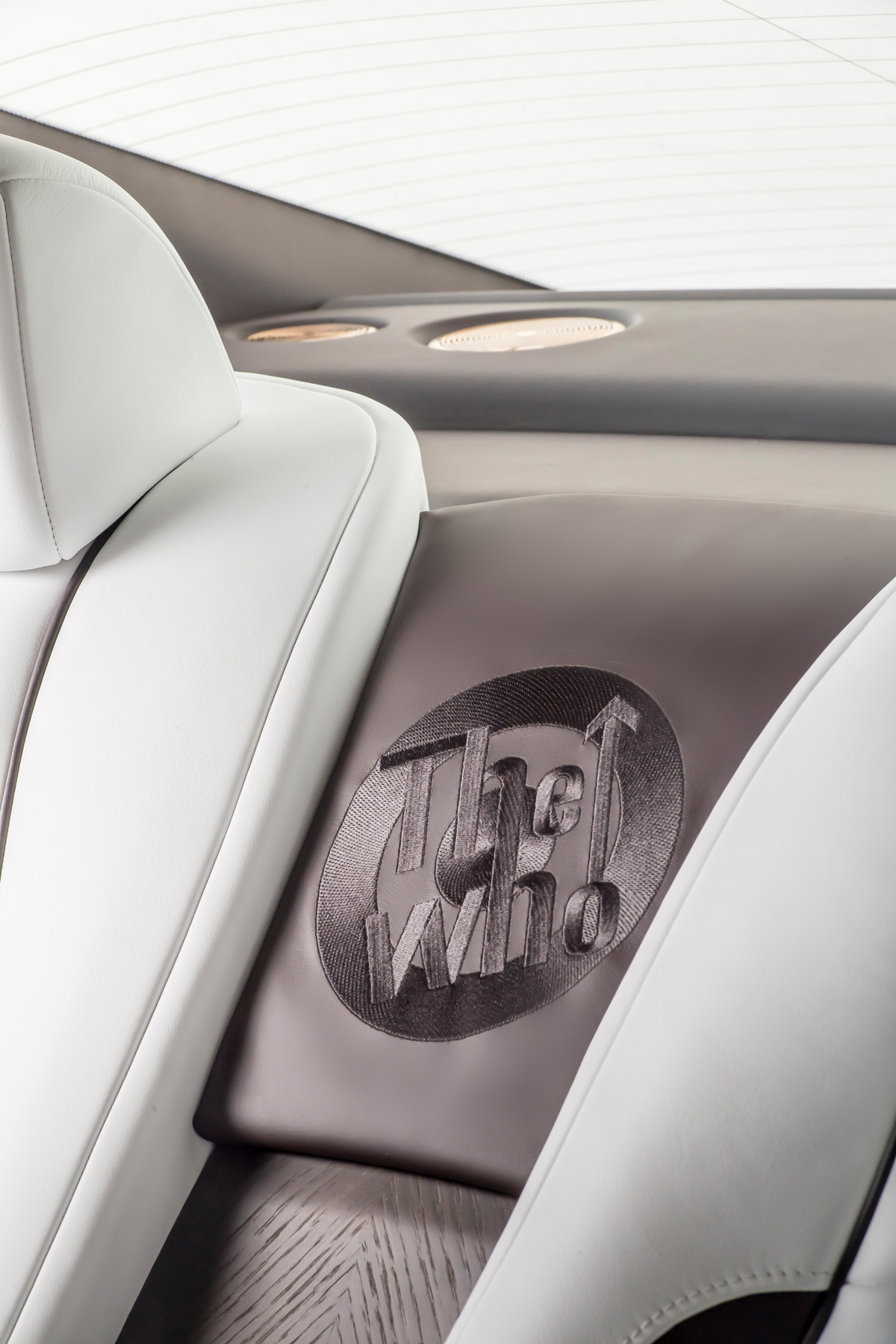 Rolls-Royce X British Music Legends for Bespoke Wraith Series 17